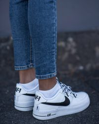 Sneakers-of-the-Month-Nike-Airforce1-3